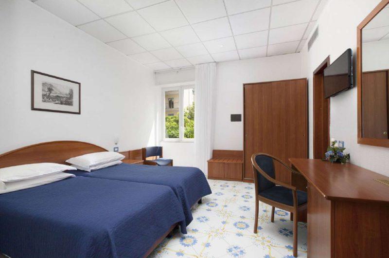 edu bon hotel meridiana bedroom