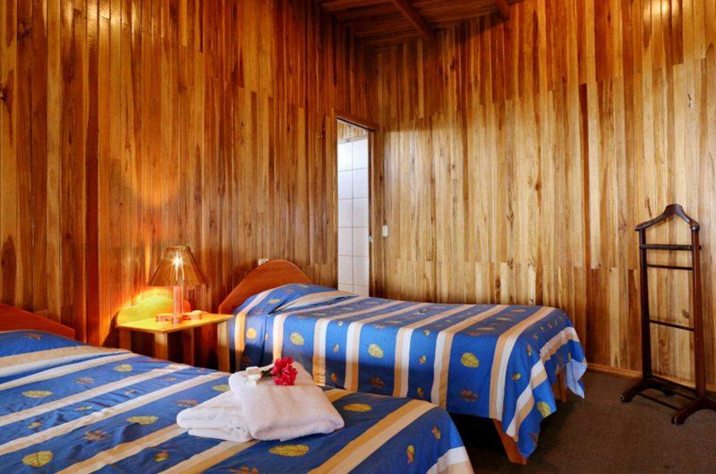 edu costarica hotel atardecer bedroom