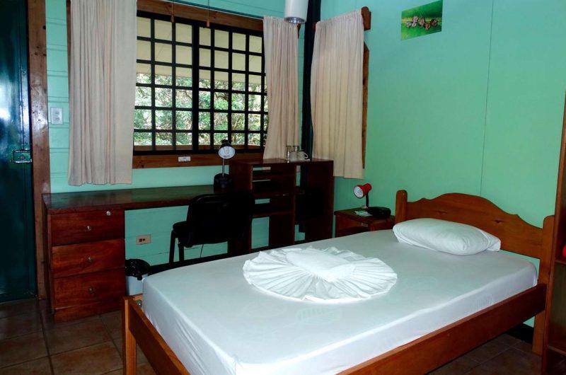 edu costarica hotel sbs bedroom2