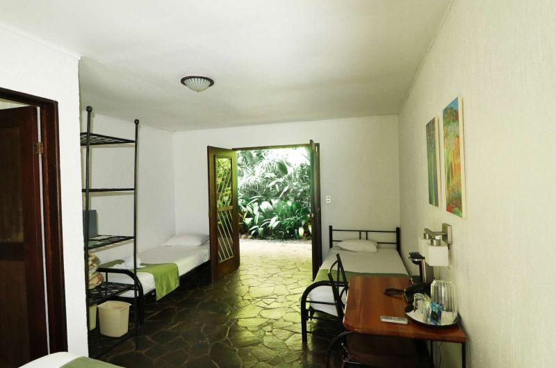 edu costarica hotel tirimbina bedroom2