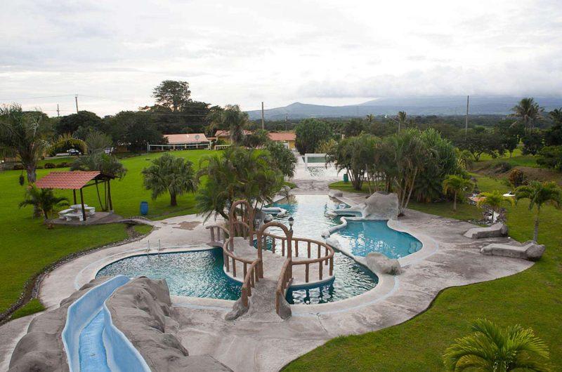 edu costarica hotel yoko pool
