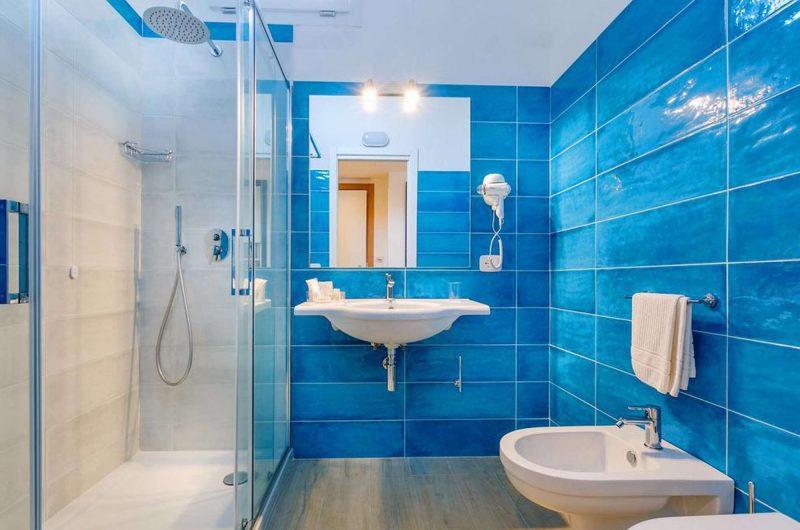 edu BON hotel aequa bathroom
