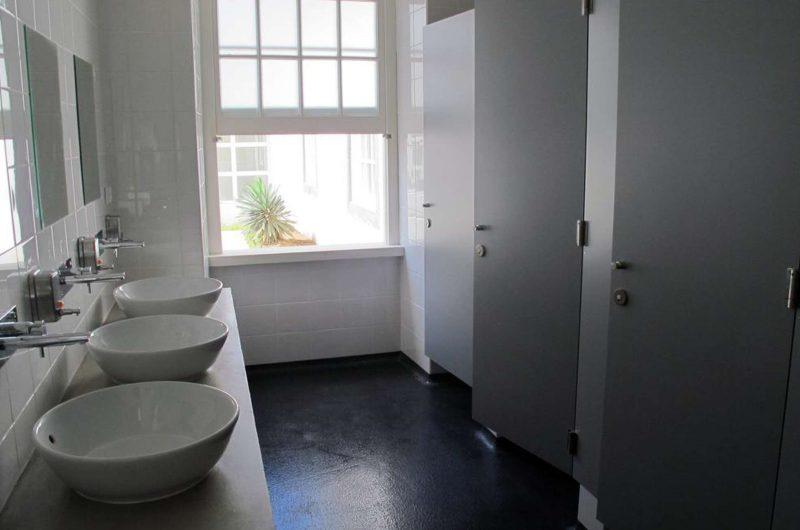edu azores hotel Jdpd bathroom