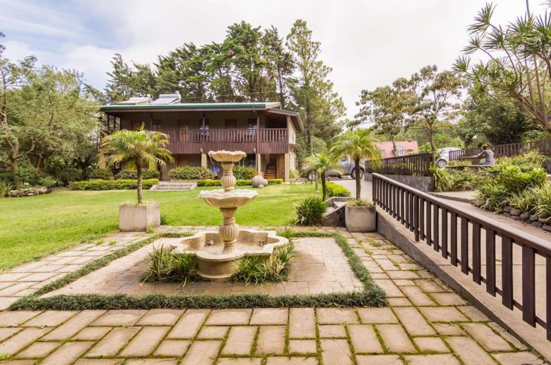 edu costarica hotel monteverde fountain