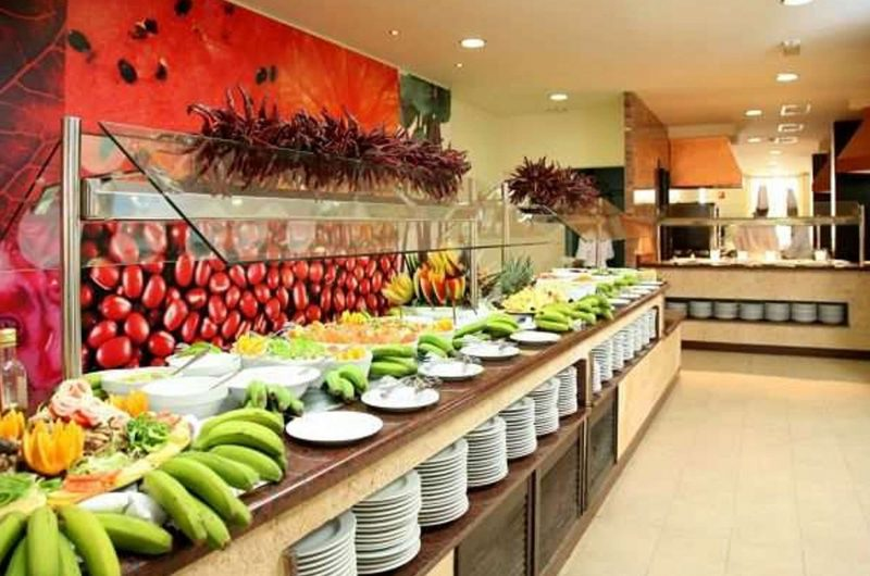 edu mallorca hotel bellevue kitchen