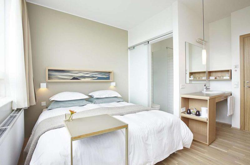 edu iceland hotel akureyri bedroom