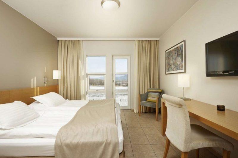 edu iceland hotel hamar bedroom