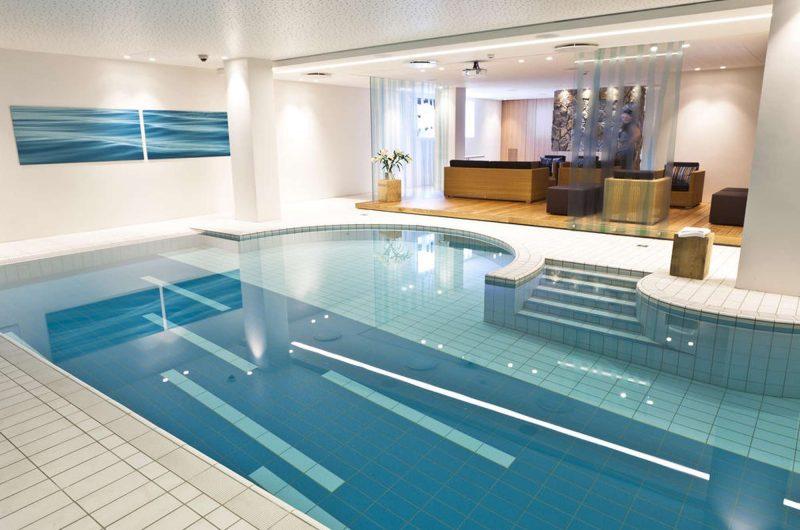 edu iceland hotel natura pool