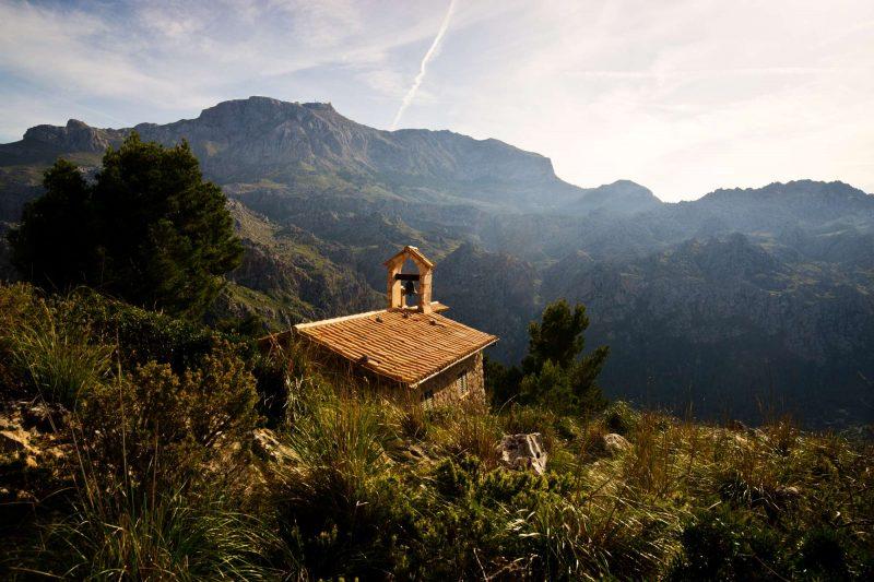 edu mallorca Small chapel in Sierra de tramuntana mountain
