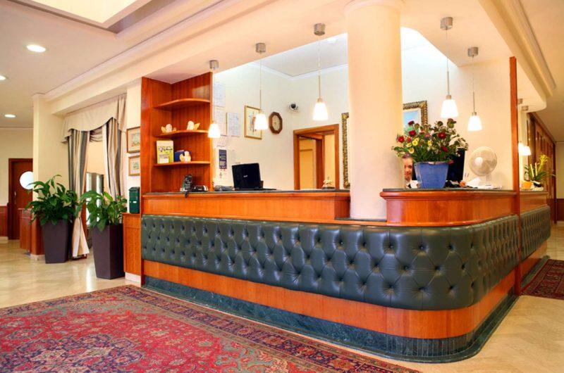 edu rome hotel serenna reception