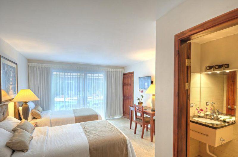 edu hotel tramonto bedroom