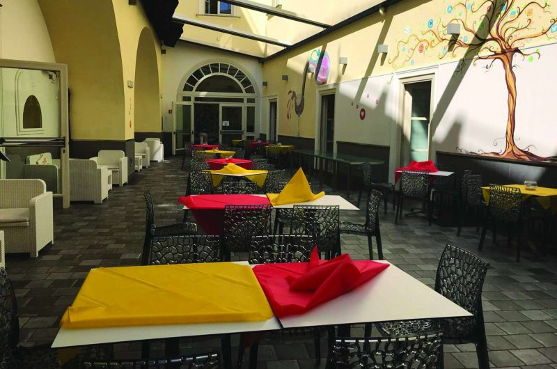 edu italy seven hostel restaurant