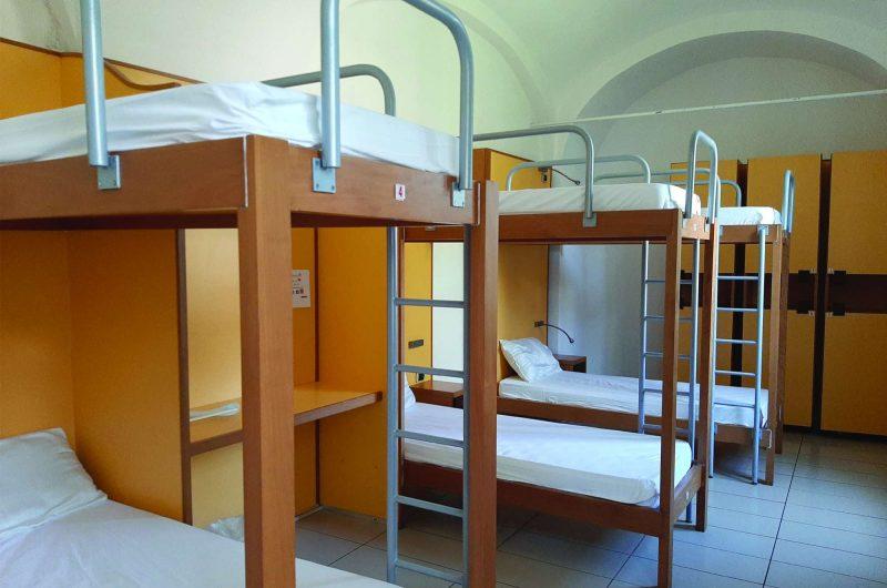 edu italy seven hostel room