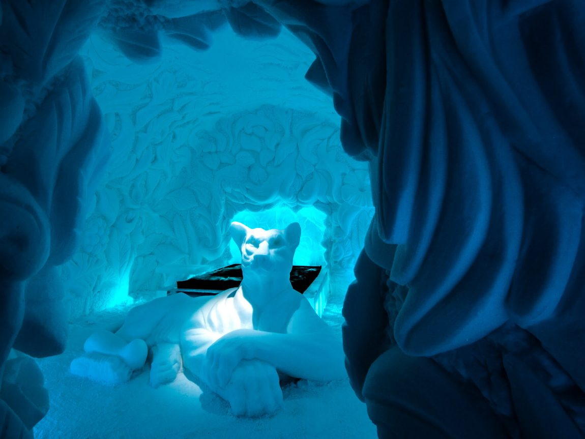 swedish lapland icehotel30 art suite feline lair ak