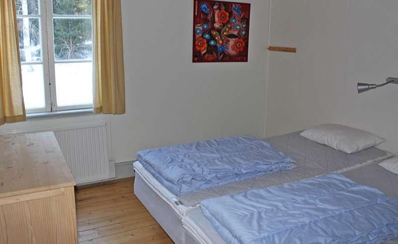 dalarna mora johannisholm cabin bedroom