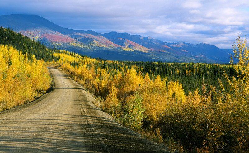 dempster highway autumn yukon canada istk