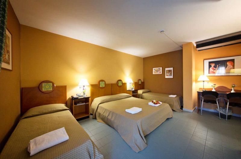 edu hotel atheneum bedroom
