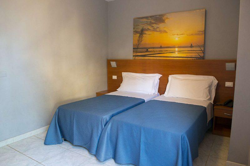 edu hotel dei pini bedroom