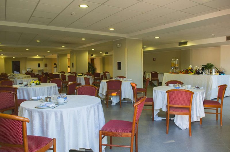edu hotel dei pini dining room