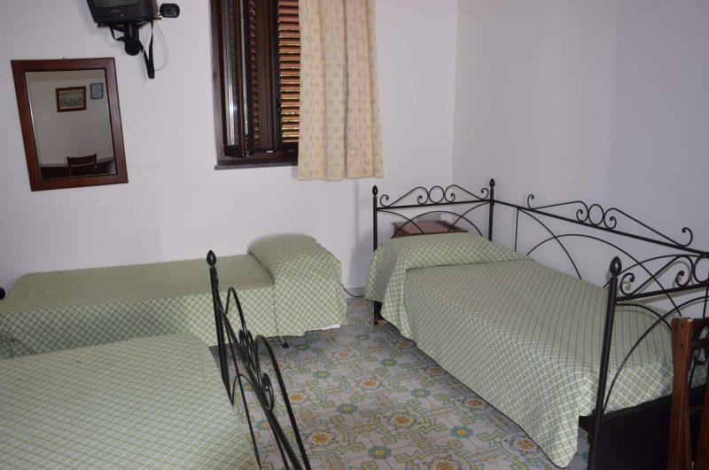 edu villaggio stromboli bedroom