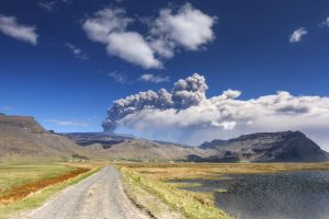 edu eyjafjalljokull eruption 2 sml