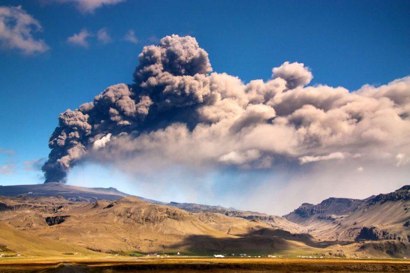 edu eyjafjalljokull eruption 3 sml