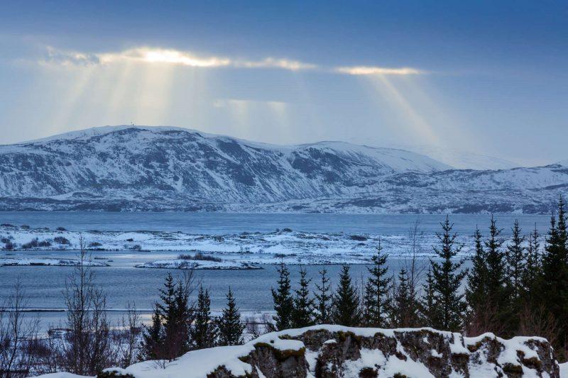 iceland thingvellir winter light rays istk