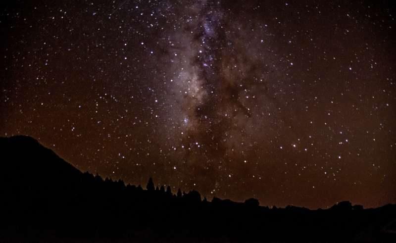 night sky with stars istk800