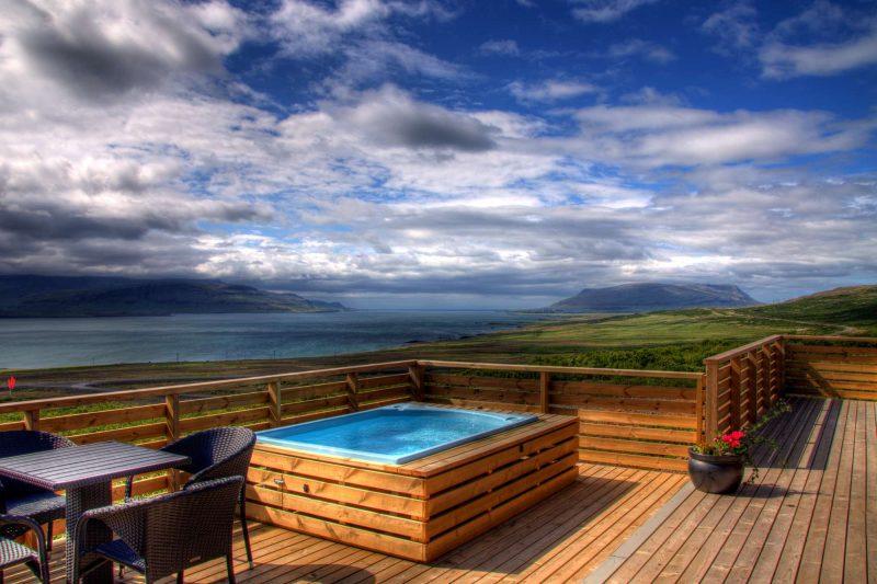 hotel glymur villa hot tub overlooking hvalfjordur2