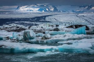 south east iceland vatnajokull behind jokulsarlon lagoon rth