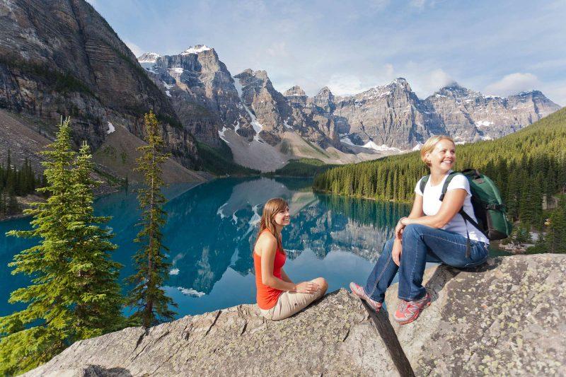 canada alberta hiking at moraine lake bllt