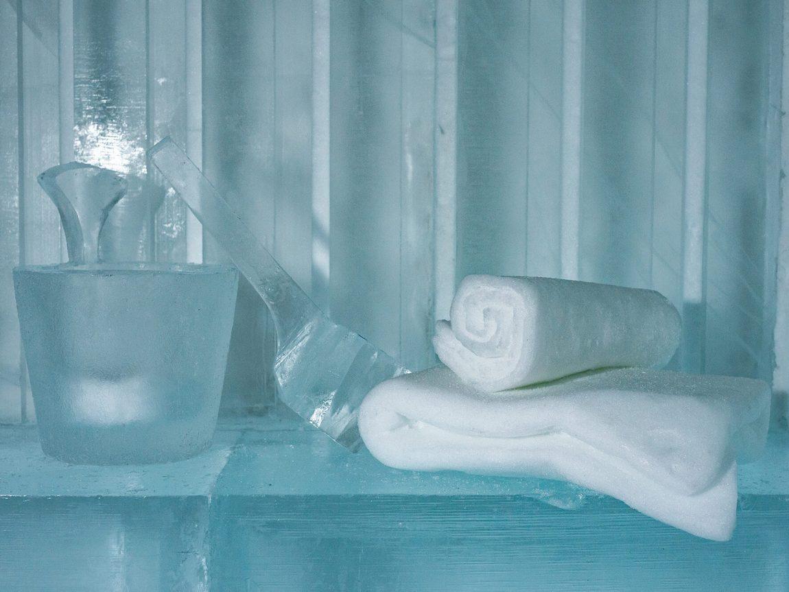 icehotel 365 art suite sauna detail by luca roncoroni ak