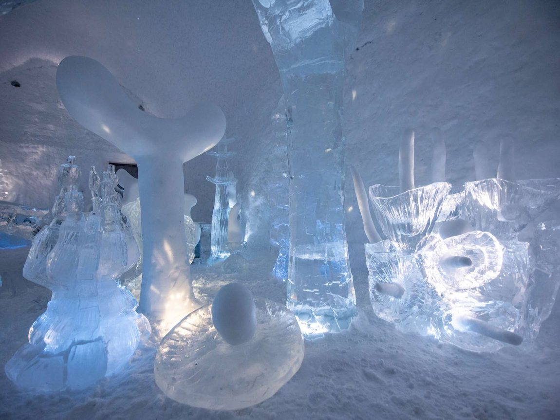 icehotel365 deluxe suite kodex maximus ice sculptures ak