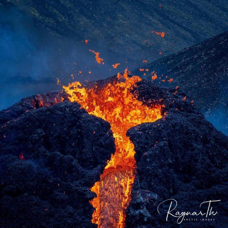 iceland fagradalsfjall eruption lava flow 20mar2021 by rth sigurdsson