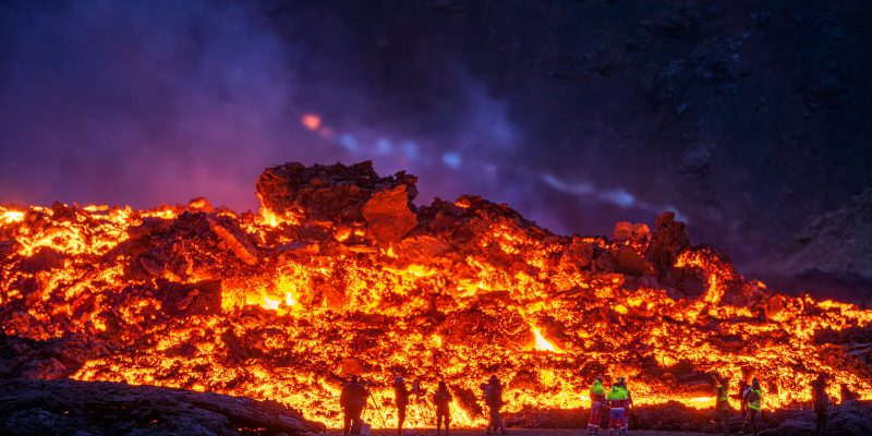 iceland photographers at fagradalsfjall eruption apr21 by rth sigurdsson