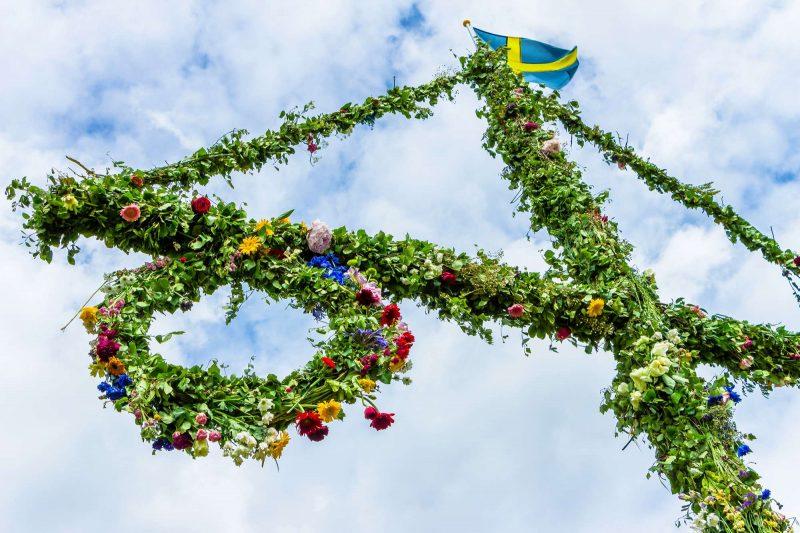 sweden midsummer decorated maypole istk
