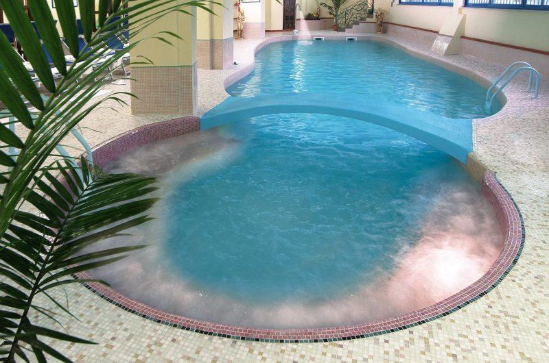 edu villa athena pool
